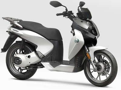 BENELLI MACIS 150 CC SCOOTERS
