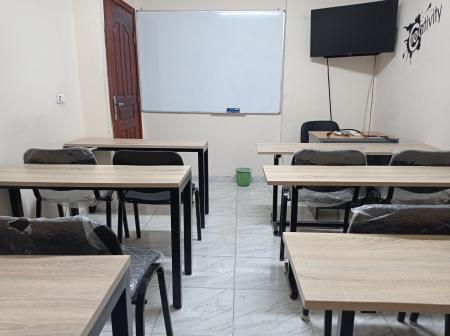 قاعات تدريب و محاضرات