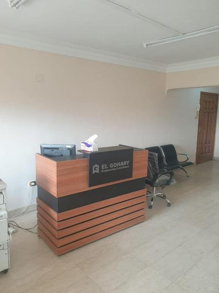 مكتب للايجار سوبر لوكس 175م فى شيراتون مصر الجديده طابق ثالث